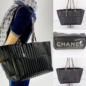 💎✨HUGE✨💎CHANEL Black Lambskin Tote Bag